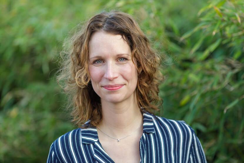 dr. S. (Steffie) van der Steen