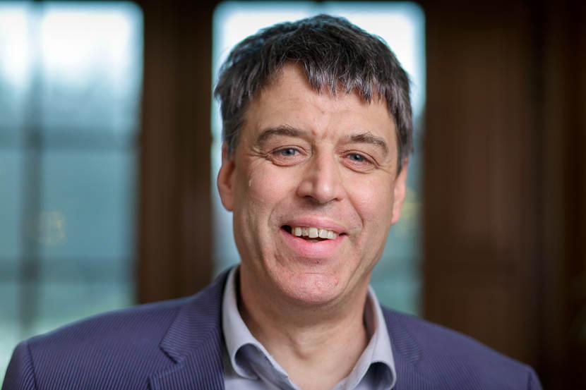 drs. G. (Gerrit) Hofstra